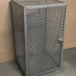 CONTAINMENT CACTH BOX WITH LOCKING DOOR