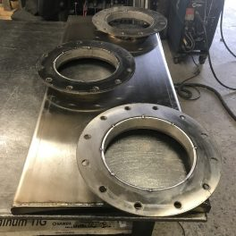 TOP MIXER MOUNTING FLANGE