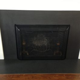 FIREPLACE SURROUND WITH CUSTOM SCREEN