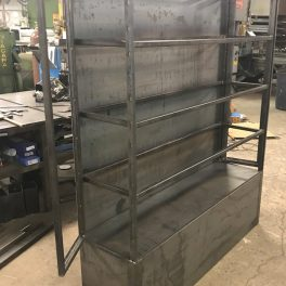 STEEL DISPLAY SHELVING WITH GLASS